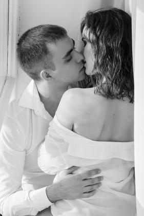 kiss-1858088_1280